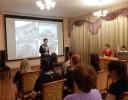 Поэт Александр Кудинов исполняет стихотворение собственного сочинения