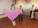 Мастерицы клуба рукодельниц «Петелька» демонстрируют модели, связанные своими руками