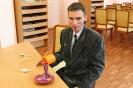 Владислав Халатов со своей работой «Декоративный светильник»