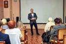 Ведущий церемонии награждения, активный участник музыкально-поэтических квартирников Геннадий Пеплов