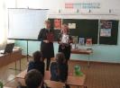 Библиотекари Надежда Каледина и Людмила Ромашкина провели библиотечный урок по справочной литературе для учащихся школы № 10