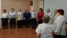 Участницы хора «Зоренька» исполнили трогательные песни о маме