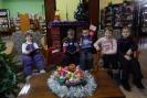 Маленьким читателям очень понравился уютный уголок с книжным камином