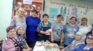 Участники новогодних посиделок в Библиотеке № 6 поселка Чернореченск