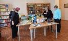 Участники форума с большим интересом знакомились с книгами, представленными на выставке «Краснотурьинск литературный»