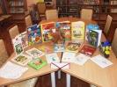 Книги, собранные в ходе благотворительной акции «Подари книгу» в рамках проекта «Театральный десант»