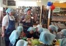 Мастер-класс от «шеф-поварв» по приготовлению праздничного завтрака для папы и брата