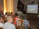 Участники краеведческой программы «Знаешь ли ты свой город?» смотрят фильм о Краснотурьинске