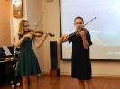 Ревенко Полина и Чертина Варвара исполнили русскую народную песню «Коробейники»