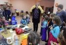 Библиотекарь Ирина Гаёва рассказала о рукавичках, варежках, перчатках для разных возрастов и профессий
