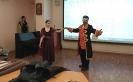 Ролевики Клуба экспериментальной истории «Орден почёта» показали реконструкцию исторического танца. Фото: РИА «Жизнь Краснотурьинска»