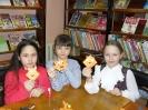 Книжные закладки-уголочки «Сказочные лисички», сделанные своими руками, будут радовать при чтении книг