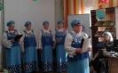 Выступление народного хора ветеранов образования «Зоренька» на встрече участников клуба общения «На огонёк» в Библиотеке № 8
