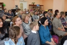 Участники и зрители городского конкурса чтецов «Детство – это яркий островок» в Центральной детской библиотеке