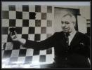 Александр Григорьевич Виткалов много лет руководил кружком «Юный шахматист» при школе № 18 поселка Чернореченск
