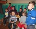 Зрители театрализованной постановки сказки «Колобок» в Библиотеке № 6 поселка Чернореченск