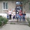 Участники уличной библиотечной квест-игры «Летние бродилки» с удовольствием выполняли увлекательные задания