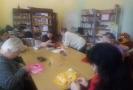 Занятие клуба прикладного творчества для любителей рукоделия «Декоративное плетение»
