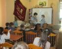 За победу в краеведческой викторине Лизе Брушевской вручили памятные подарки