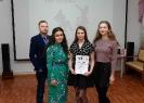 Победительница молодежного поэтического баттла - 2019 Дарья Солдатова (вторая справа). Фото: Дмитрий Кусков.