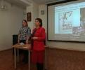 Преподаватель из медицинского колледжа Светлана Соколова поздравила свою студентку с выходом книги ее стихов