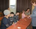 Творческий мастер-класс по изготовлению свечи на ладошке