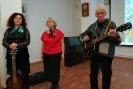 Участники концерта авторской песни в центральной городской библиотеке Ольга Бастрон, Надежда Смагина и Валерий Богданов