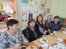 Участники праздника, посвященного Дню пожилого человека в библиотеке № 6 поселка Чернореченск