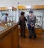Участницы клуба общения «Сударушка» при библиотеке № 9 поселка Рудничный на экскурсии в Федоровском геологическом музее