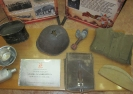 Экспонаты выставки «Твои герои, Краснотурьинск» в библиотеке № 9 поселка Рудничный