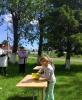 Участники праздника, посвященного Международному дню защиты детей, в поселке Чернореченск